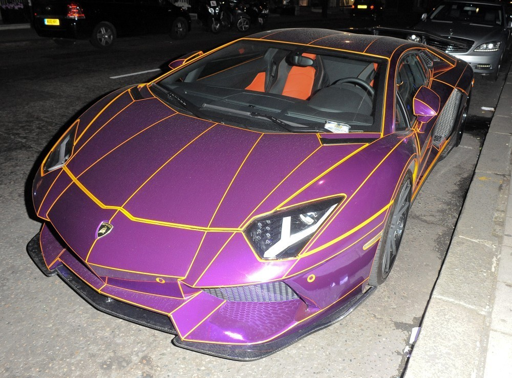 Glow In The Dark Lamborghini Spotted Again With A