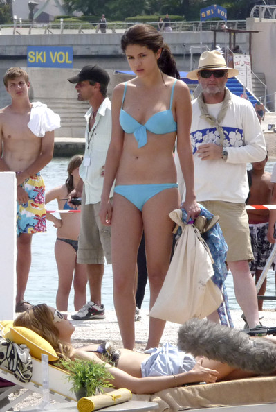 Selena Gomez wears a bikini to film scenes for 'Monte Carlo' with co-
