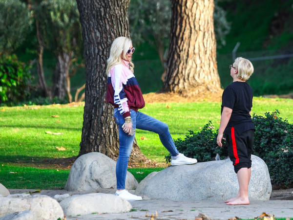 Gwen Stefani Rocks Her Signature Casual Look While Out In L.A.