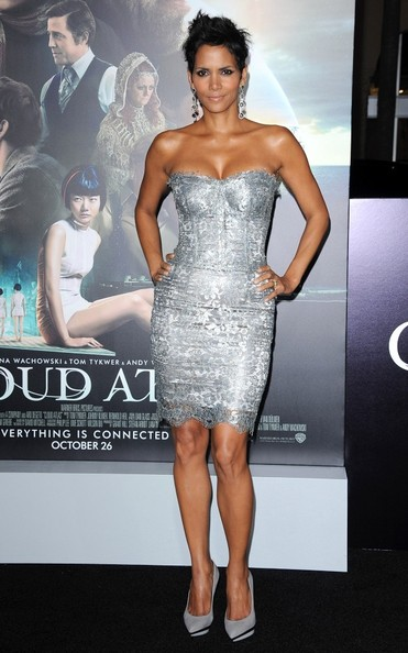 "Halle Berry - ""Cloud Atlas"" Premiere"