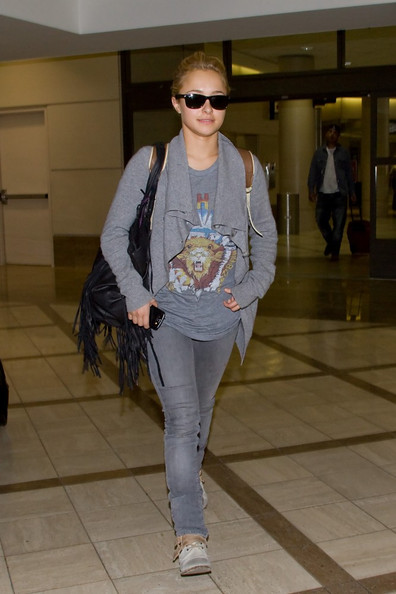 Hayden Panettiere is all smiles as she arrives at LAX (Los Angeles International Airport).