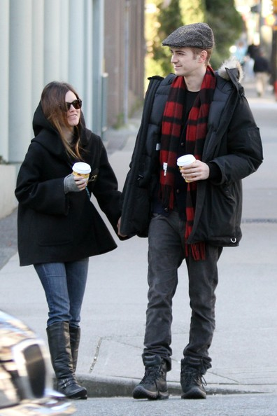 Rachel Bilson in Hayde... Adrien Brody Married
