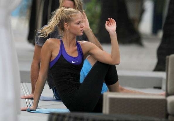 Erin Heatherton Does Yoga in the Rain