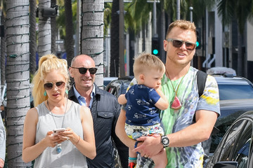 Heidi Montag Heidi Montag And Her Family Step Out