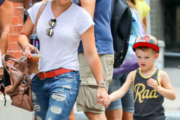 Hilary Duff Hilary Duff and Luca Comrie Stroll in NY