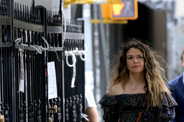 Hilary Duff Sutton Foster Hilary Duff and Sutton Foster on the Set of 'Younger'