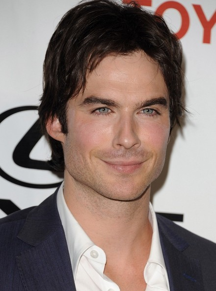 http://www3.pictures.zimbio.com/bg/Ian+Somerhalder+2012+Environmental+Media+Awards+5EXBoja0ICAl.jpg