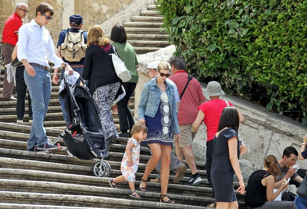 Ivanka Trump Pictures - Ivanka Trump Shows Off Her Baby Bump in Rome