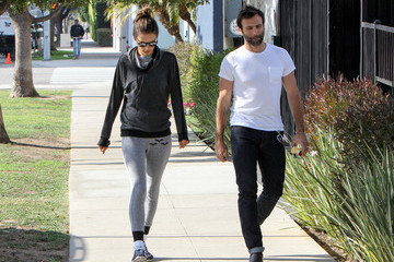Jamie Mazur Alessandra Ambrosio and Jamie Mazur Go for a Walk