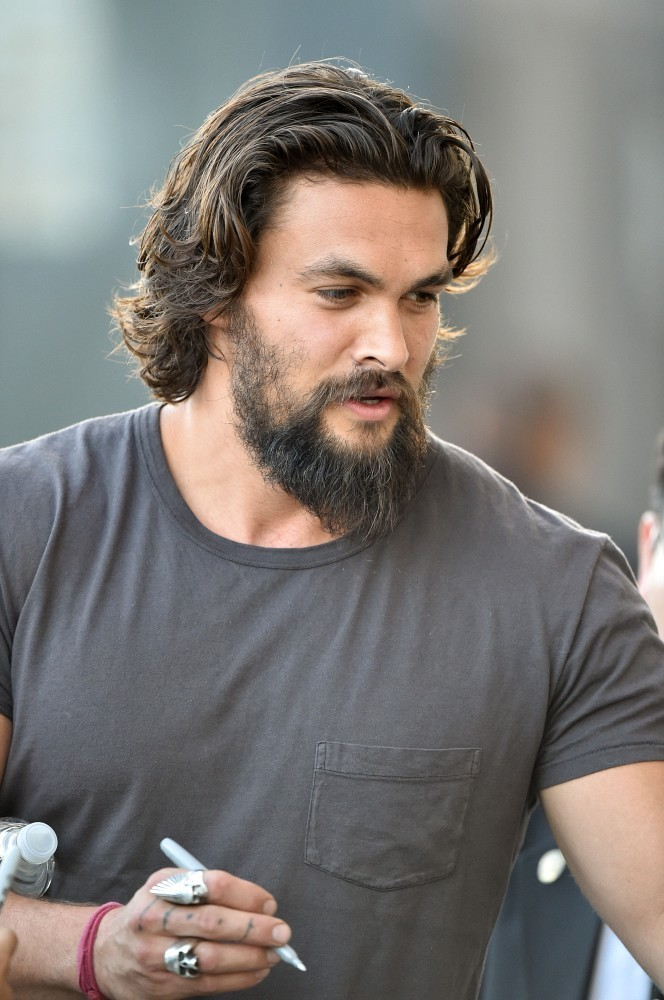 Jason Momoa Heads To Jimmy Kimmel Live Pictures Zimbio