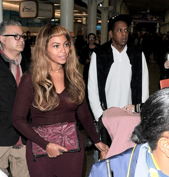 Beyonce Knowles and Jay Z Arrive in London