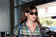 Jennifer Garner Arrives at LAX