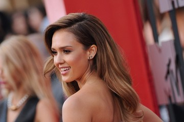 Jessica Alba Arrivals at the MTV Movie Awards