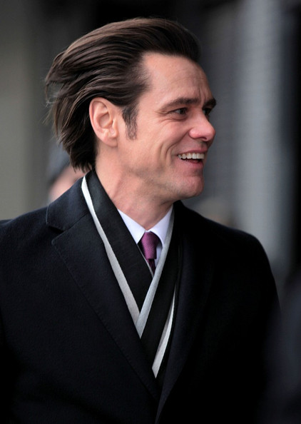 "jim carrey dating show snl Jim carrey knows how needy he is as a performer the first time he hosted snl in 1996, he played jimmy stewart in a ""joe pesci show"" sketch (last jim breuer reference, i promise), and when mark mckinney came on doing a creditably over-the-top carrey, stewart/carrey ripped into him(self) with a blistering speech all the funnier for how."