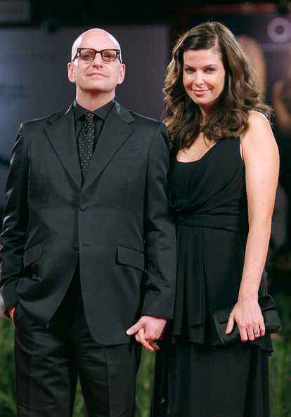 Steven Soderbergh with cool, hot, beautiful, sexy, cute, Wife Jules Asner