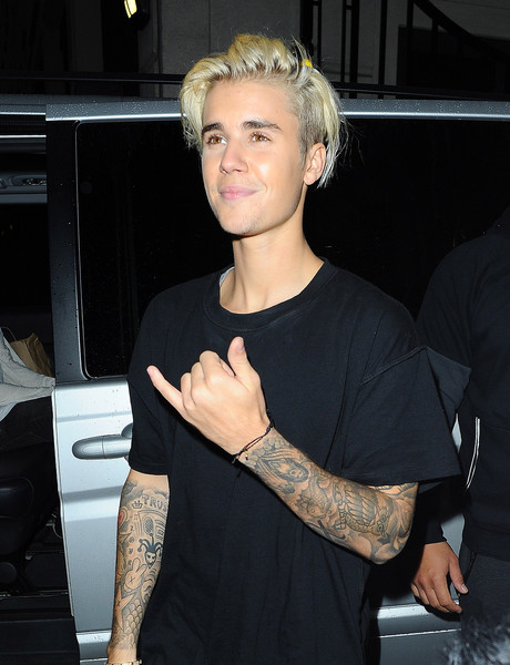 Blast from the past justin bieber on his pretty boy swag for Justin bieber black and white shirt