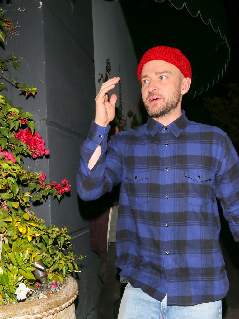 Justin Timberlake Is Seen Outside Avenue Nightclub in Hollywood - Zimbio