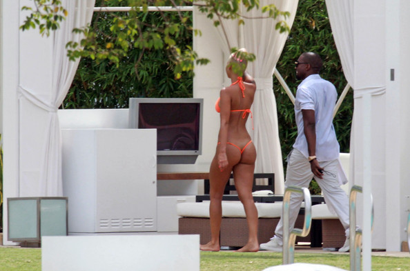 kanye west amber rose beach. Kanye West and Amber Rose in