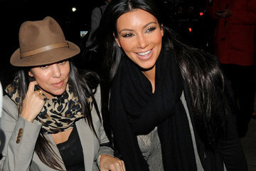 Kourtney and Kim Kardashian Heart New York