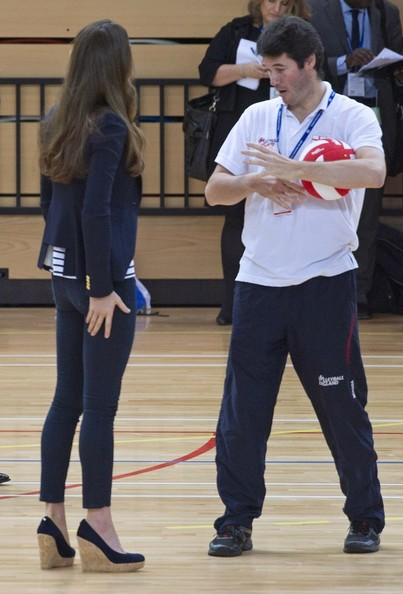 Kate Middleton - Kate Middleton Shows Off Her Volleyball Moves