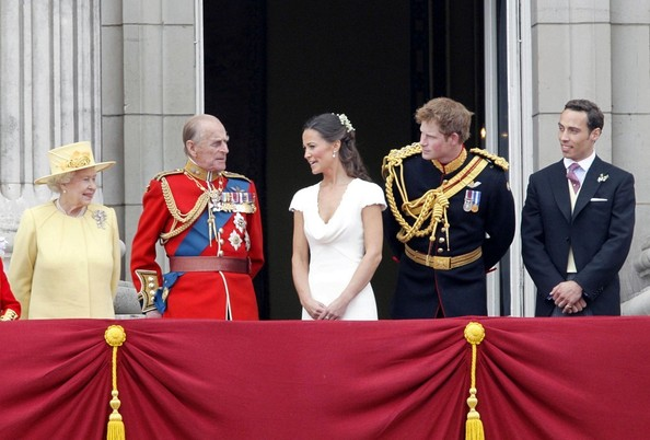 Royal Wedding William And Kate With Family