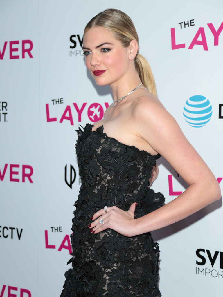 Kate+Upton+Premiere+DIRECTV+Vertical+Entertainment+8Le0Q54rbxrx.jpg
