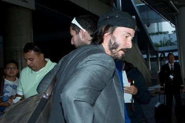 Keanu Reeves Keanu Reeves at LAX