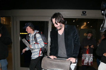 Keanu Reeves Keanu Reeves Is Seen at LAX