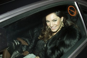 Kelly Brook Stars at the Cosmo Women of the Year Awards