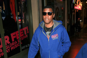 Kenneth Edmonds Kenneth Edmonds Outside Pantages Theatre In Hollywood