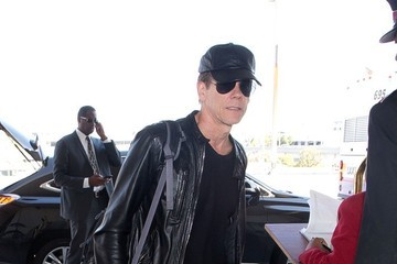 Kevin Bacon Kevin Bacon Arrives at LAX