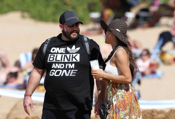 Kevin james at the beach with his family 3 of 14 zimbio for How many kids does kevin james have
