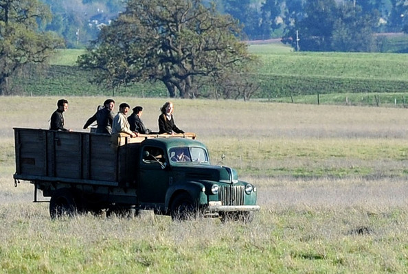 Nicole Kidman and Clive Owen film scenes for the TV movie 'Hemingway & Gellhorn'.