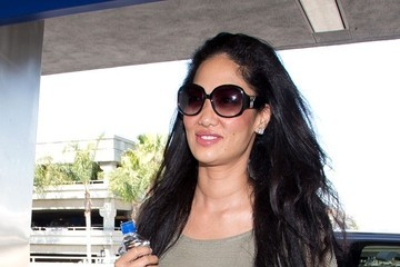 Kimora Lee Simmons Kimora Lee Simmons Arrives at LAX