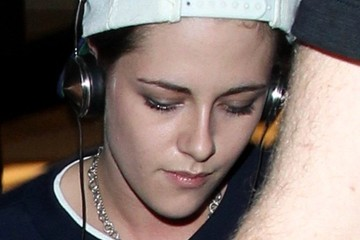 Kristen Stewart Kristen Stewart Arrives at LAX