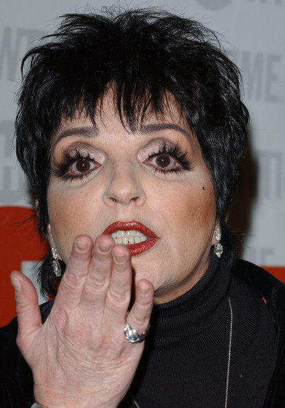 "Liza Minnelli in Liza with a ""Z"" - Zimbio"