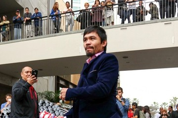 Manny Pacquiao Manny Pacquiao Hangs Out in LA