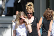 Melanie Griffith's mother-daughter shopping trip with Stella