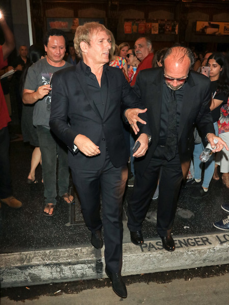 Michael Bolton Outside Pantages Theatre In Hollywood