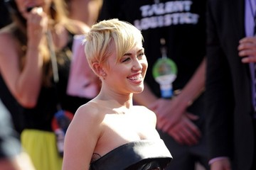 Miley Cyrus Arrivals at the MTV Video Music Awards