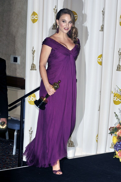 Natalie+Portman+83rd+Annual+Academy+Awards+m07UCXADYnal Natalie Portman Has Given Up Veganism for Pregnancy