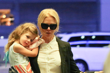 Nicole Kidman Nicole Kidman and Her Family Are Seen at LAX