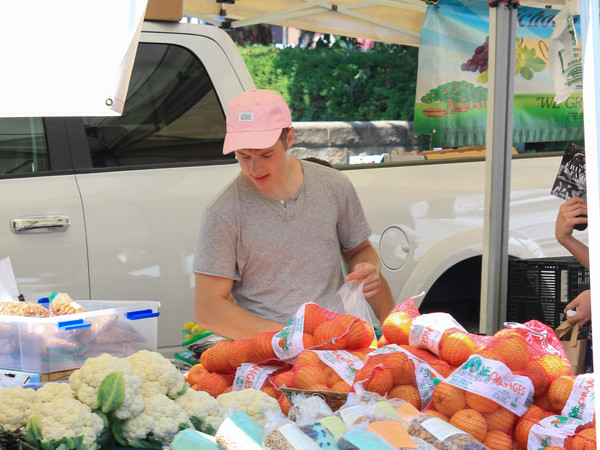 Nolan Gould and Hannah Glasby Shop at the Farmers Market in Studio City