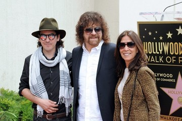 Olivia Harrison Jeff Lynne Honored on the Walk of Fame