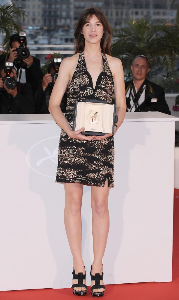 charlotte gainsbourg in palm d 39 or award ceremony photocall at cannes zimbio. Black Bedroom Furniture Sets. Home Design Ideas