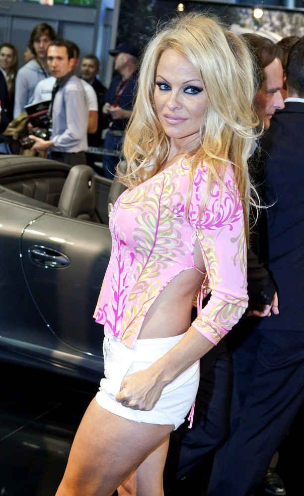 Have pamela anderson flashing too seemed