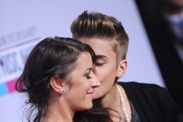 Pattie Mallette Valentine Kisses 2013