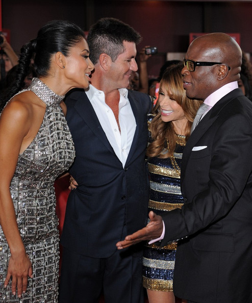 were paula abdul and simon cowell dating