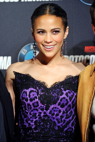 http://www3.pictures.zimbio.com/bg/Paula+Patton+Mission+Impossible+Madrid+L2YKlWIIyV7l.jpg