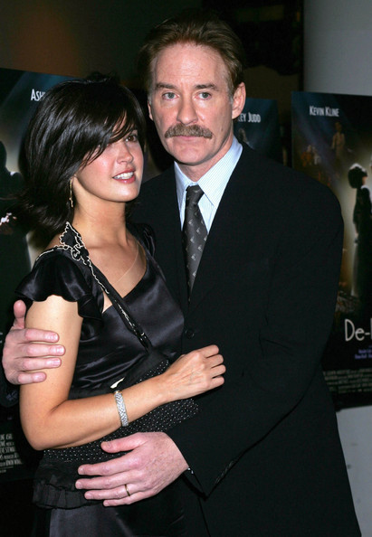 kline phoebe cates phoebe cates and kevin kline at the premiere of